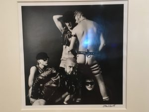 Artwork showing Frankie Goes To Hollywood