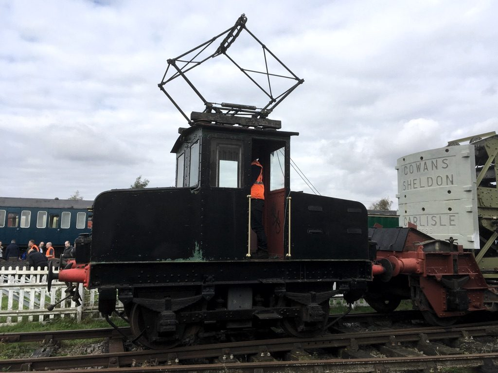Spondon Electric Locomotive with pantograph raised