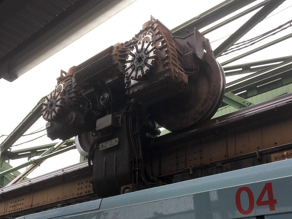 Close up of a Schwebebahn bogie