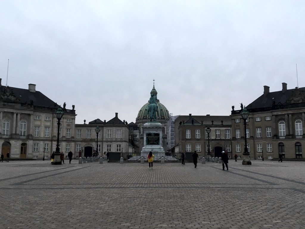 Photo of Amalienborg Palace, with Marmorkirken in background