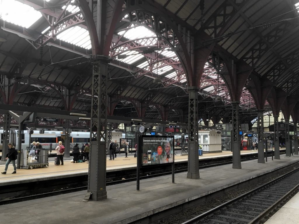Photo giving general view of Copenhagen Central station platforms