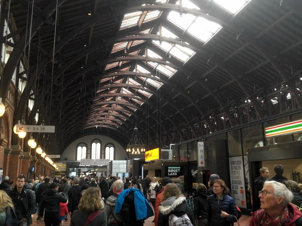 Photo of concourse at Copenhagen Central station