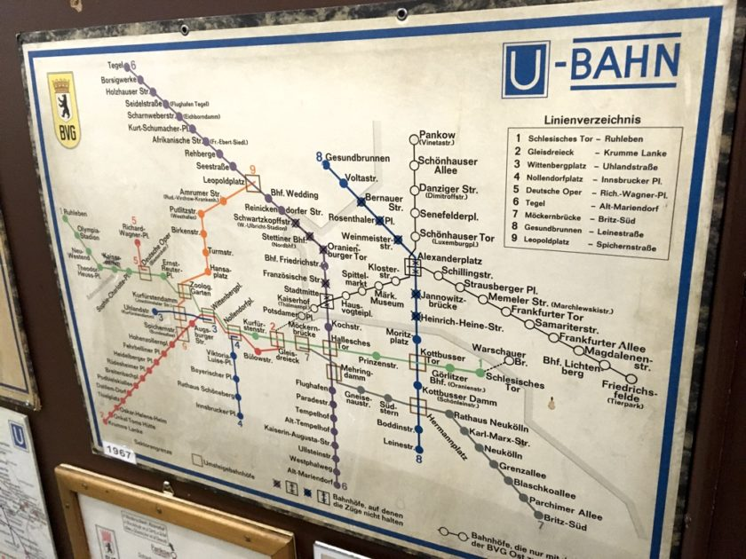 U-Bahn map of 1967, showing stations and lines closed due to the Berlin Wall