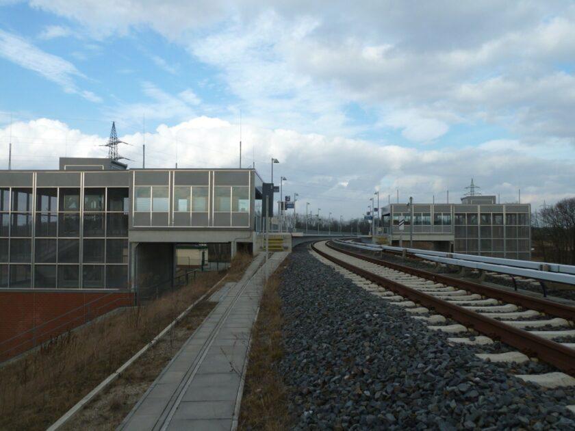 Waßmannsdorf Station Platforms